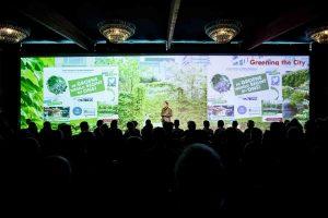 Evenementenlocatie Veerkracht Tuinzicht plenair congres scherm projectie